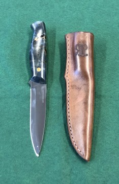 Rigby Kniv Blue Maple Wood
